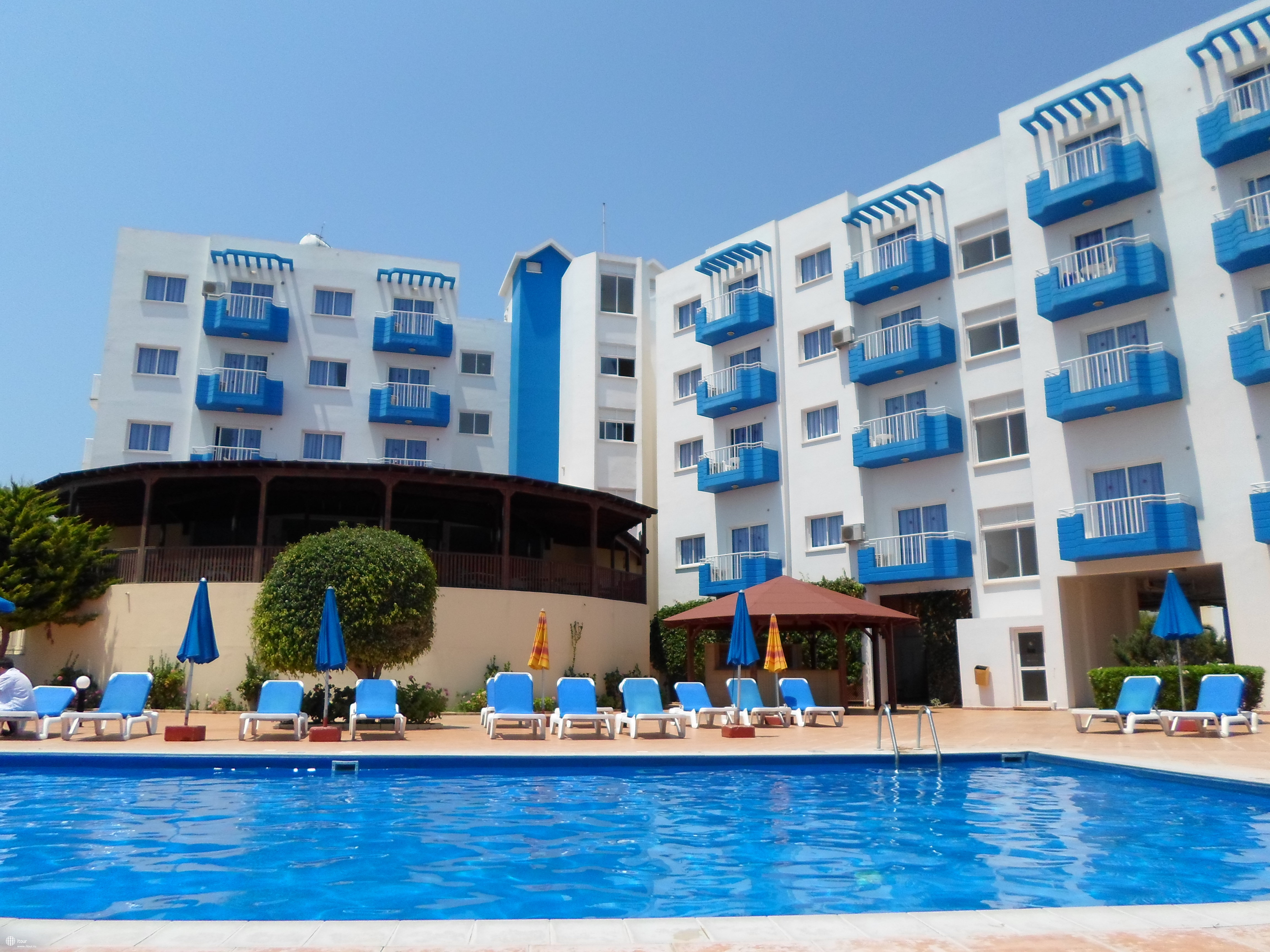 Hotel Maistros Hotel Apts Class A 4 (Cyprus, Protaras): description, reviews 63